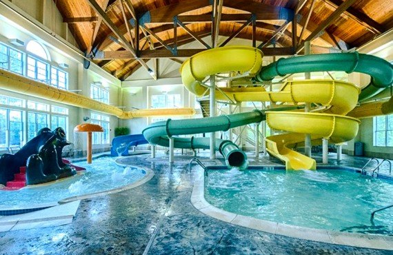 8-hampton-inn-north-conway-piscine