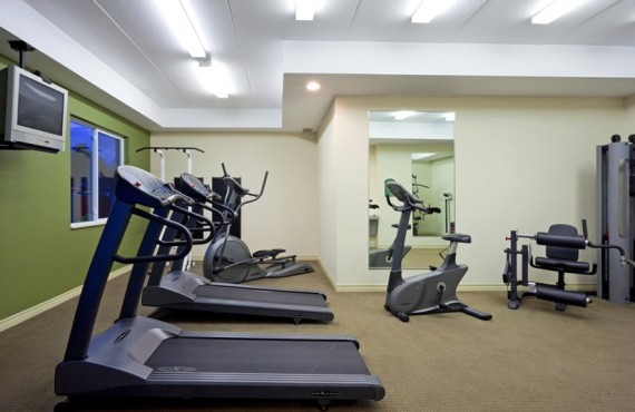 Holiday Inn Express - Gym