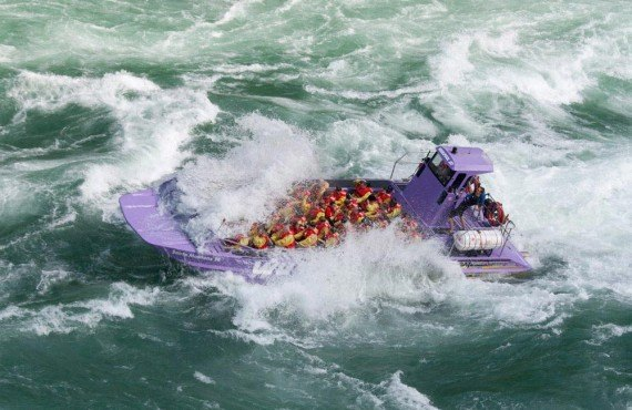 Jet speedboat on Niagara River
