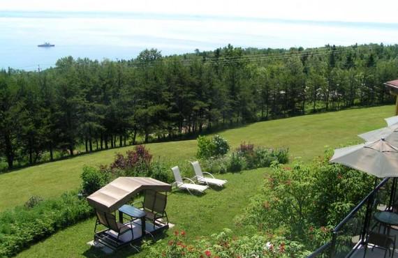 8-manoir-hortensia-vue-terrasse