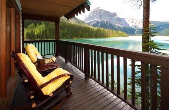 8-pourvoirie-emerald-lake-balcon