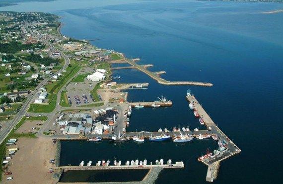 Super 8 Caraquet - Vue aérienne du Port de Caraquet