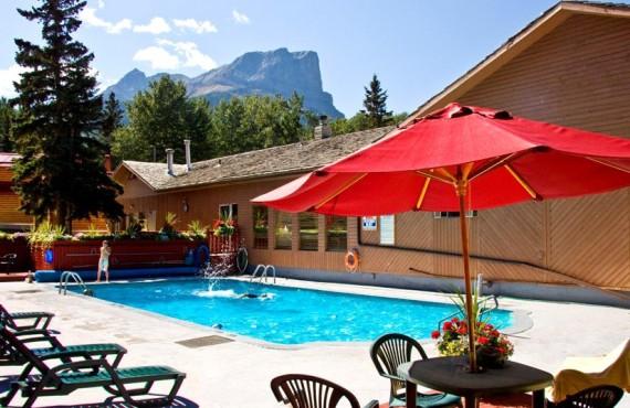 9-chalets-pocahontas-piscine