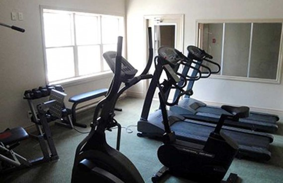 Comfort Inn & Suites - Gym
