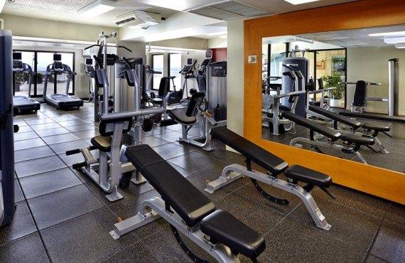 9-hilton-quebec-gym