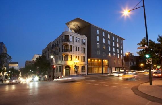 Hôtel 10 en soirée