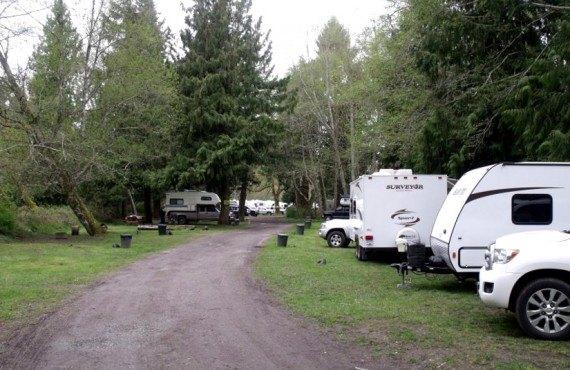 91-camping-cedar-grove