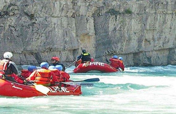 Days Inn Golden - Rafting à proximité