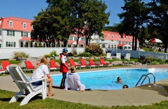 91-hotel-tadoussac-piscine