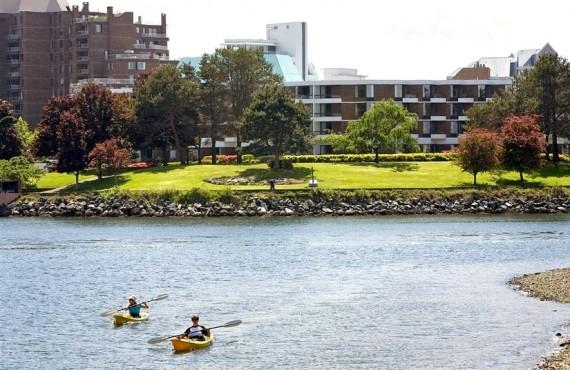 Inn at Laurel Point - À proximité, Kayak