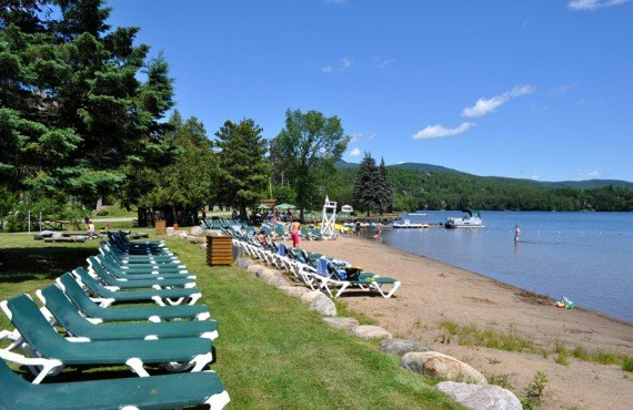 Beach on the edge of Lake Ouimet