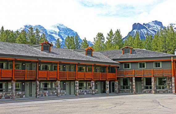 Mountaineer Lodge - Lake Louise, AB