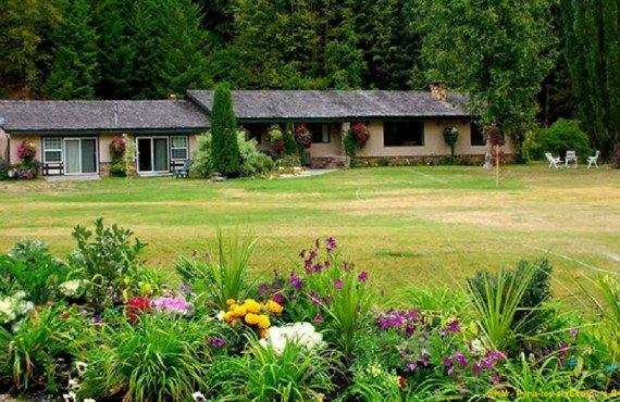 Pyna-Tee-Ah Lodge