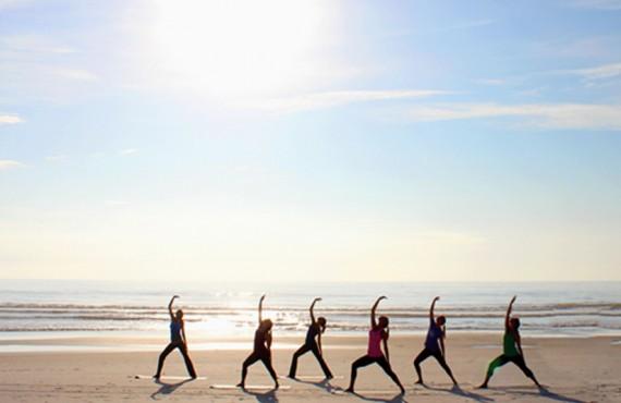 Riôtel Matane - Yoga sur la plage