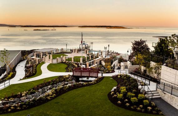 Cour jardin - vue sur l'ocean