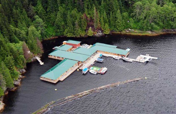 93-knight-inlet-lodge-aerien