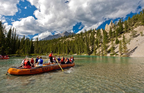 93-post-hotel-rafting