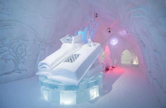 Détails sculptures de glace et de neige
