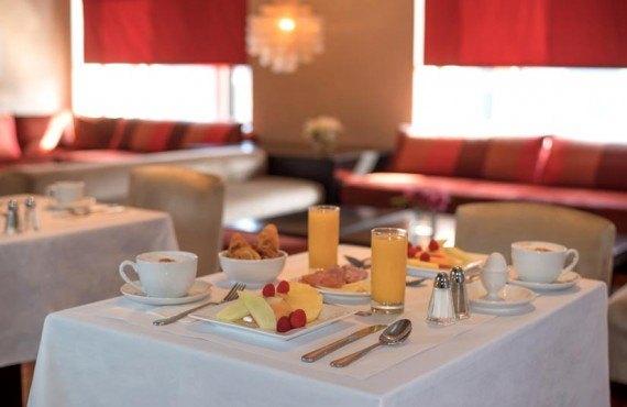 94-hotel-st-paul-mtl-petit-dejeuner-continental