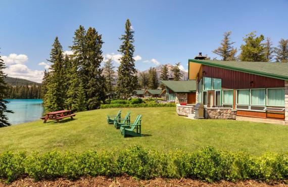 Fairmont Jasper Park Lodge, AB