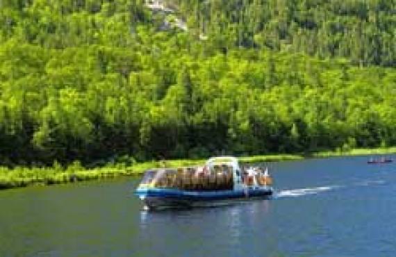 Croisière en bateau-mouche sur la rivière Malbaie