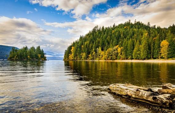 Harrison Lake, BC, Canada