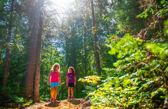 Randonnée en famille au parc national du Mont-Tremblant