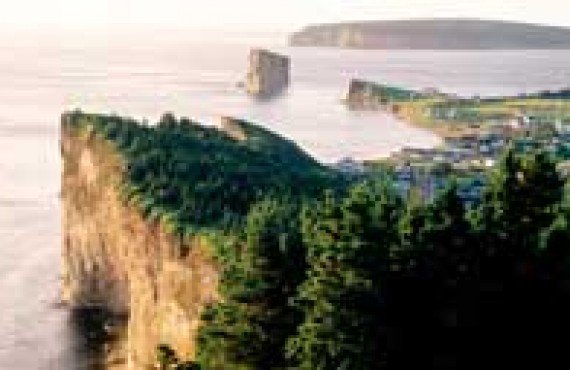 Village de Percé en Gaspésie