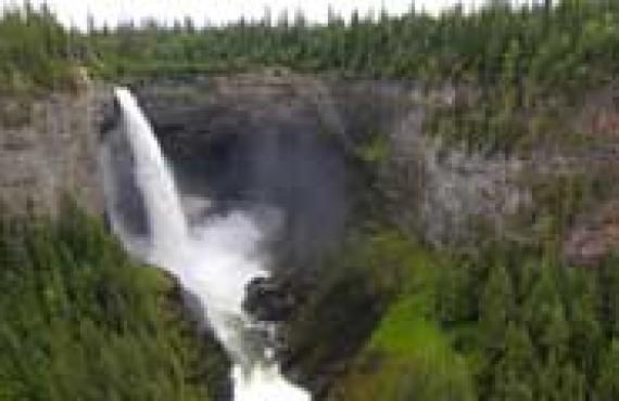 wells-gray-helckmen-falls.jpg