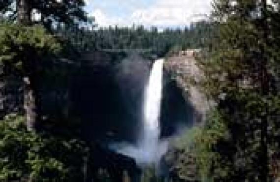 wells-gray-park-helmcken-falls.jpg