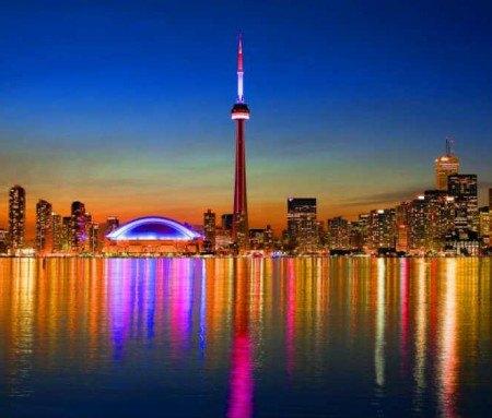 Sightseeing tour of Toronto