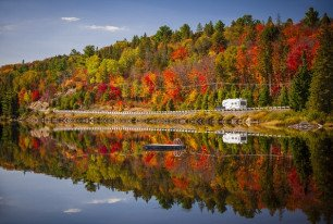 RV hire during the Indian Summer in Canada