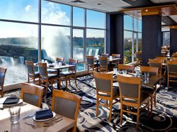 Sheraton on the falls - restaurant