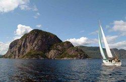 Nuitée en voilier sur le Fjord du Saguenay