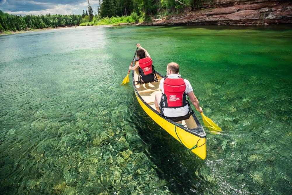 1-canot-riviere-bonaventure-gaspesie-quebec.jpg