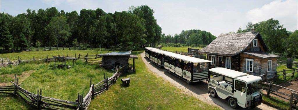 1-train-zoo-st-felicien.jpg