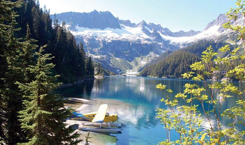 1-survol-hydravion-whistler-rocheuses.jpg