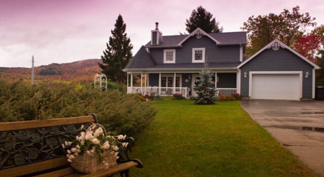 Maison d'accueil du village des Hautes-Laurentides