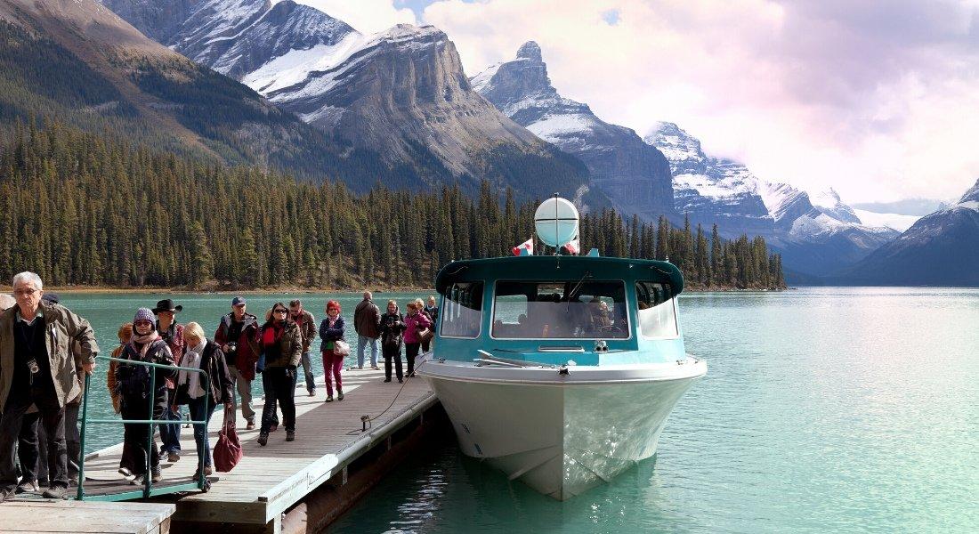 Croisière sur le lac Maligne dans le parc national de Jasper en Alberta