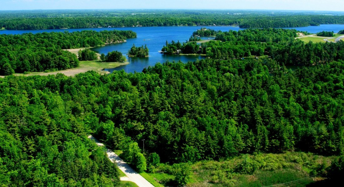 Thousand Islands Parkway