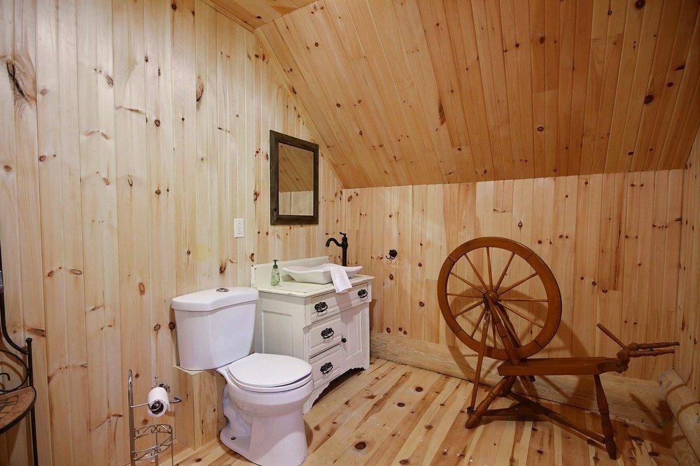 Chalet en bois rond L'Aigle-Noir - Salle de bain principale