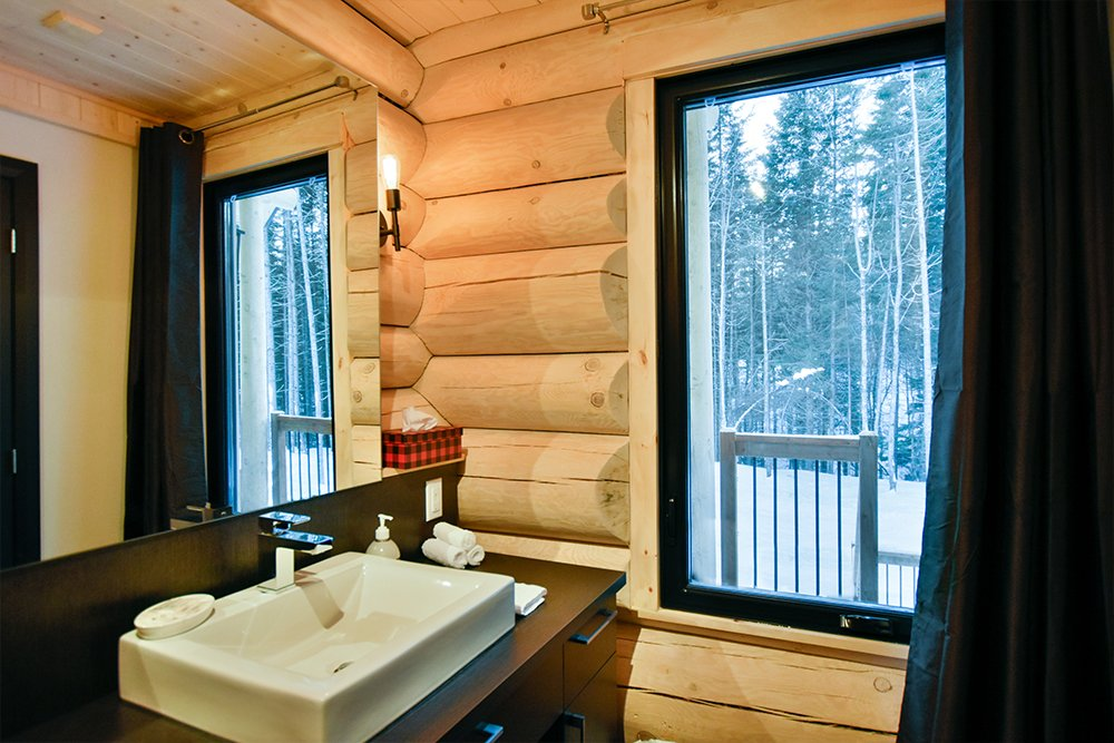 Chalet en bois rond Le Panache - Salle de bain-4