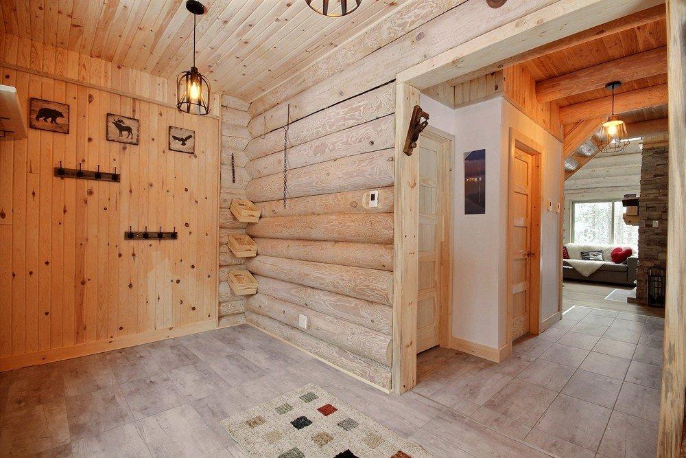 Chalet en bois rond Le Perce-Neige - Emtrée