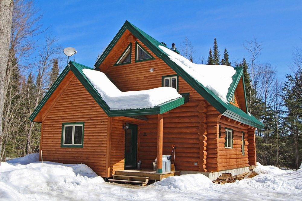 Chalet en bois rond Le Perce-Neige - Extérieur
