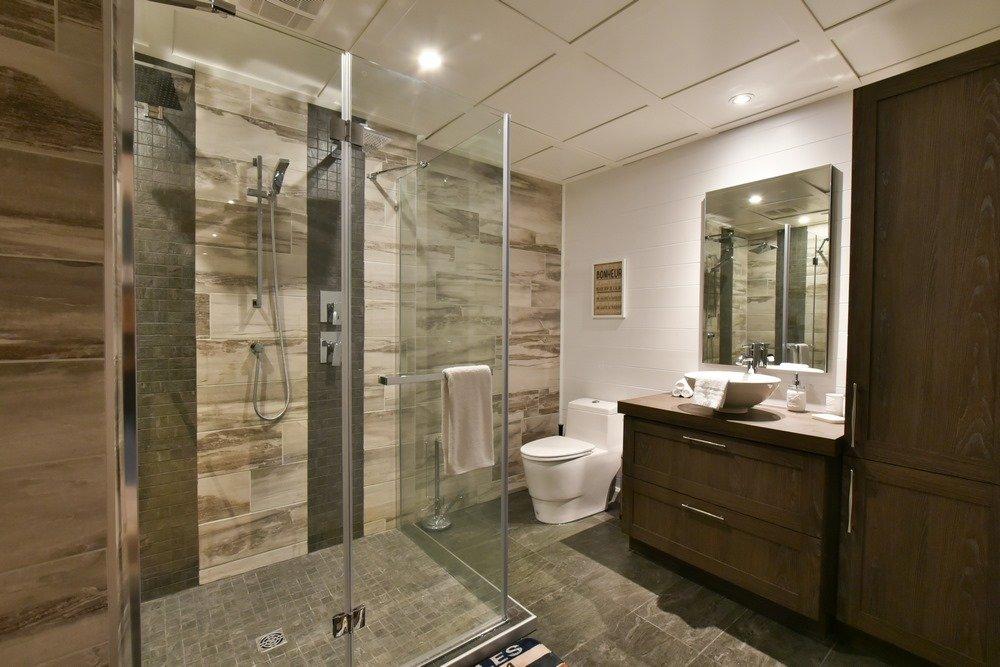 Chalet en bois rond Le Perséides - Salle de bain