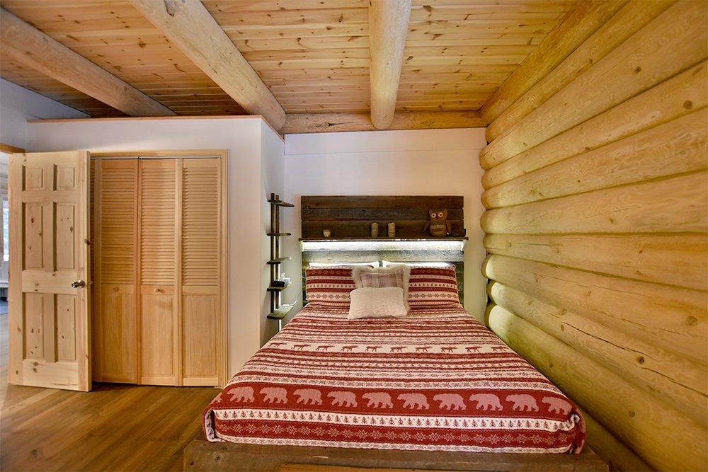 Chalet en bois rond Le Pinecone - Chambre avec 1 lit