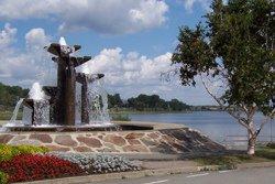 Fontaine sur le bord du Lac Osisko