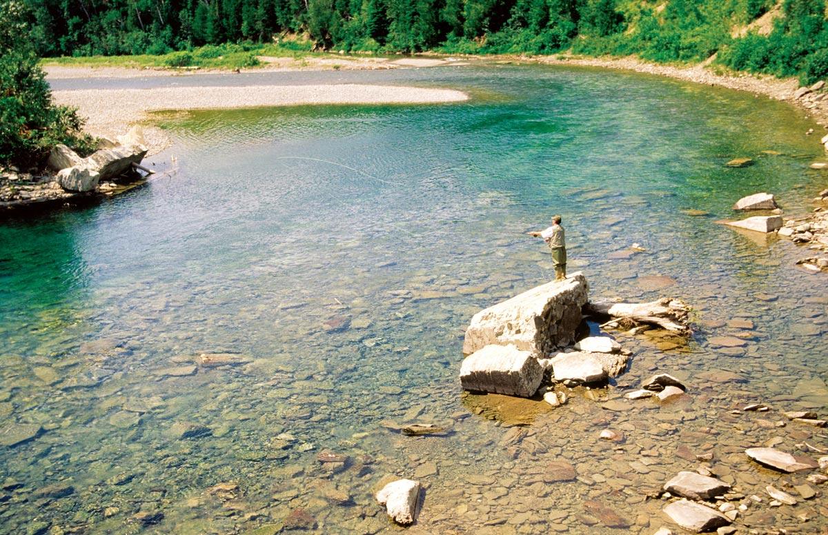 Pêche au saumon sur le rivière Ste-Anne