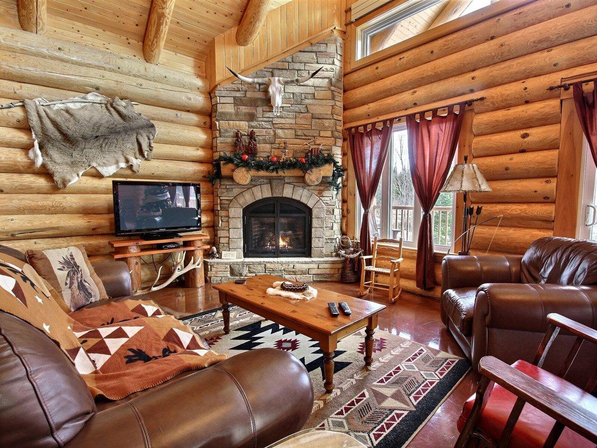 chalets de bois rond au qu bec. Black Bedroom Furniture Sets. Home Design Ideas