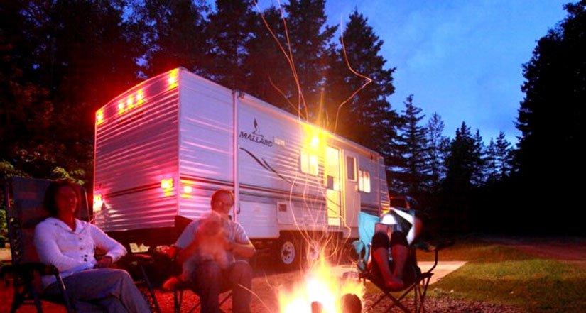 Camping de Val-Jalbert - Feu de camp